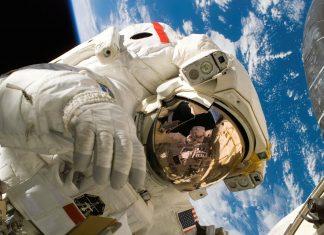 Bliźniak wrócił z kosmosu. To co zastał mocno go zdziwiło. FakeNews24.pl