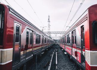 Metro skierowane na trasę objazdową. Warszawa. FakeNews24.pl