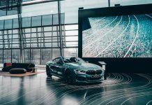 Policja zmienia BMW 3GT na BMW M8. FakeNews. Fake News. FakeNews24.pl
